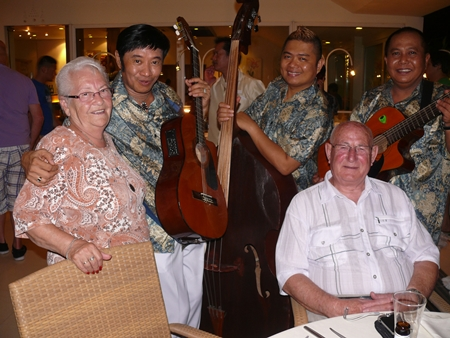 The ambience is heightened with the Los Requerdos musical trio strolling around the tables and playing the items for the guests.