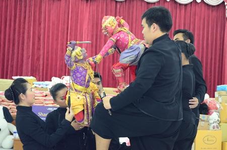 The performance is intense when puppets warriors meet in battle.