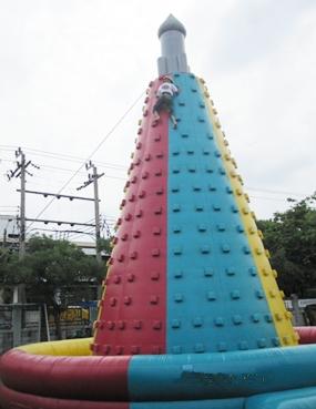 PFC Bret Mays on a climb at ID4 in Bangkok.