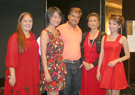 A thorn between several roses? Tony Malhotra (center) is flanked by Anna Petchawee, Umaporn Rachatawattanagul, Nittaya Patimasongkroh and Praichit Jetpai.