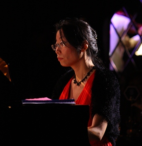Aree Kunapongkul mastered the piano with charm and flair.