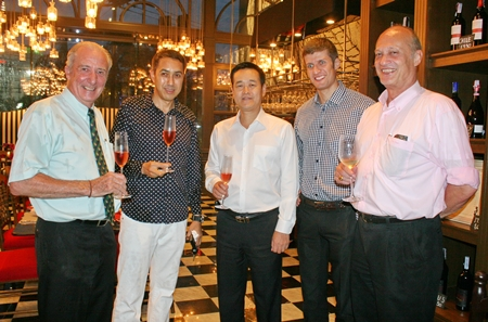 (l-r) Dr Iain Corness, Nick Bauer, GM dusitD2 baraquda Pattaya, Thomas Koh, Stephane Bringer and Philippe Delaloye GM Cape Dara Pattaya enjoy a pre-dinner cocktail.