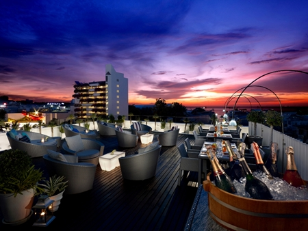 The Rooftop Sunset Lounge at dusitD2 baraquda pattaya.