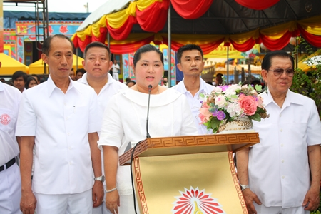 Culture Minister Sukumol Kunplome gives her opening speech at the Satisfied Hearts and Minds Vegetarian Festival at the Sawang Boriboon Thammasathan Foundation in Naklua.