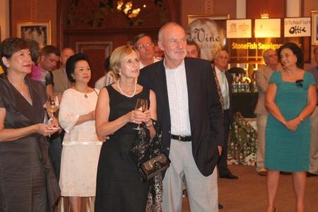 Regina & George Von Burg are spellbound by Peter's wine presentations.