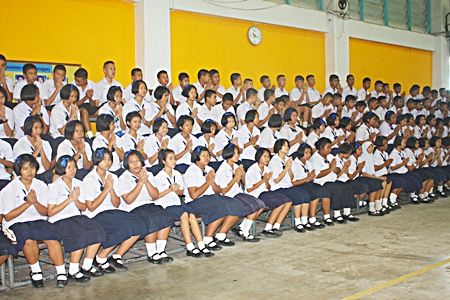 Students attend the religious ceremonies on Pattaya School No. 8's founder's day.
