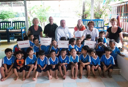 Children at Dek Dee thank Dow Chemical and PILC for their generous donation.