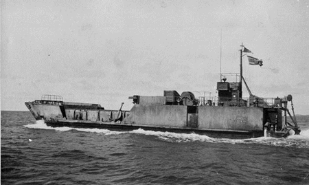 The HTMS Mataphon underway early in its career.