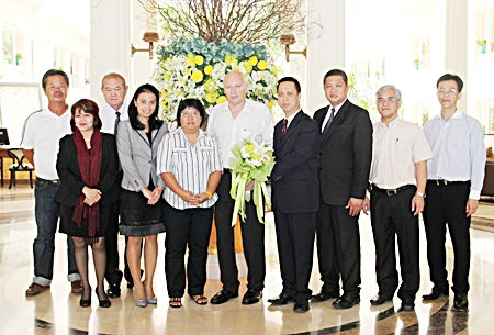 The management of Dusit Thani Pattaya, led by Resident Manager Neoh Kean Boon (4th right), held a meeting with officials of Pentangle Promotions, headed by managing director Geoffrey Rowe (centre), to discuss preparations for the 2013 PTT Pattaya Open. The 22nd annual tournament will be held from 27 January until 3 February 2013. The PTT Pattaya Open 2013 will be graced by highly-respected tennis stars such as Vera Zvonareva and Ana Ivanovic. It is part of the WTA Tour for professional women tennis players of international rankings, and is equivalent to an ATP World Tour 250 series event.