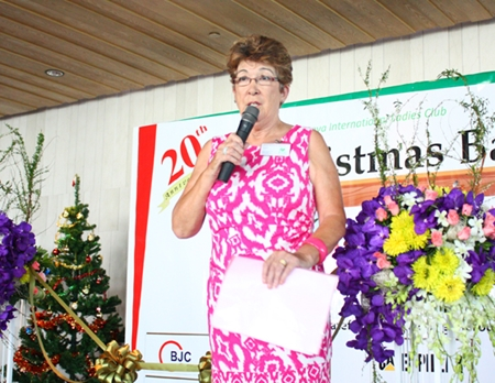PILC President Ann Winfield welcomes guests to this year's Christmas Bazaar.
