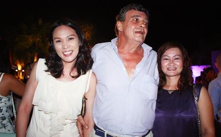(L to R) Gib Siriraj, Bou Kuyk, Dang Kobkue.