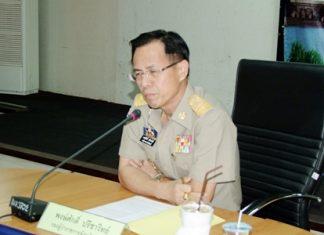 Deputy Gov. Pongsak Preechawit presides over a day-long organization meeting on the Chonburi Labor Bank.
