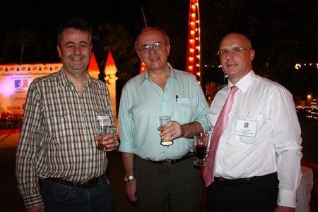 (L to R) Mark Butters, Director, RSM Advisory (Thailand) Limited, Stephen Frost, Director, British Chamber of Commerce Thailand and David Cumming, General Manager, Amari Orchid Pattaya.