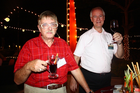 Martin Brands, member and Dieter Reigber, President of Rotary Club of Jomtien-Pattaya.