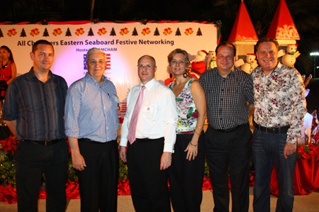 (L to R) Mark Carroll, Executive Director, Australian-Thai Chamber of Commerce, David R. Nardone, President & Chief Executive Officer, Hemaraj Land and Development Public Company Limited, David Cumming, General Manager, Amari Orchid Pattaya, Judy A. Benn, Executive Director, The American Chamber of Commerce in Thailand, Greg Watkins, Executive Director, British Chamber of Commerce Thailand and Simon Matthews, Country Manager of Thailand, Manpower Group.