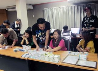 Clerks Sirikan Wisuthphate, Pisolya Ngaopok, and Ouemporn Khwanmuang are being booked for allegedly selling erectile dysfunction drugs illegally.