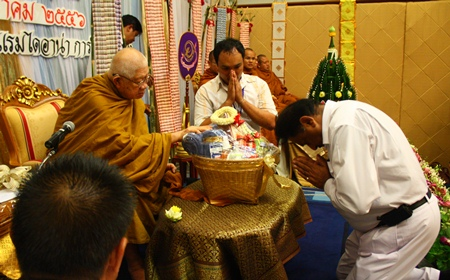 Pratheep Malhotra pays his respects to the revered monk.
