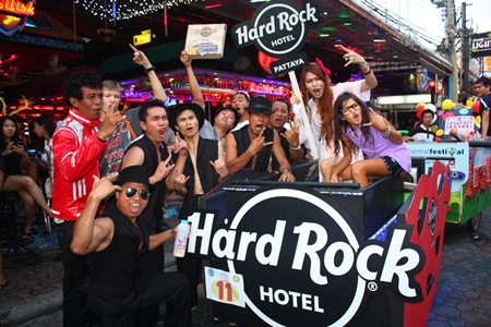 Yeah! The Hard Rock Hotel Pattaya team gives out a rebel yell at the finish line.