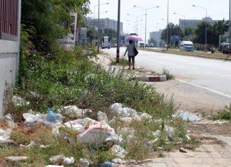 Is it time to start enforcing the littering fines here in Jomtien?
