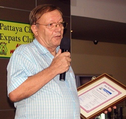 As a founder member of Pattaya City Expats Club, Max shared the interesting history of the club with members and guests, new and old.