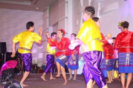 "Professional dancers perform the ""Kapok"", a northern Thai traditional dance."