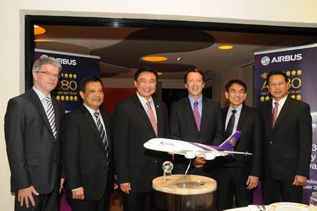 (L to R) Thomas Friedberger, Airbus Senior Vice President of Sales in Asia; Flight Lieutenant Montree Jumrieng, THAI Executive Vice President, Technical Department; Dr. Sorajak Kasemsuvan, THAI President; Chris Buckley, Airbus Executive Vice President, Europe & Asia; Lt. Atisak Padchuenjai, THAI Executive Vice President, Operations; and Chalermpon Intarawong, THAI Vice President, A/C Maintenance, BKK Base; Department.
