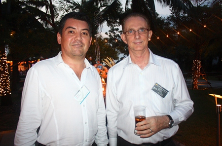 Mark Bateman, Executive Business Manager of PRTR Recruitment and Outsourcing (Eastern Seaboard) Co., Ltd. and Mike Griffis, GM (Director) of Harrington Industries (Thailand) Ltd.