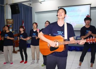 Students from Korea's Pyeoung Taek Church perform for the students at Pattaya School No. 7.