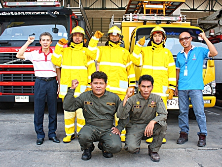 Pattaya's Disaster Prevention and Mitigation Department director, Saeree Jumpangern (left), with help from one of Pattaya's fire police teams, explains how much better prepared we are now than we were 2 decades ago.