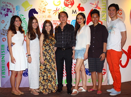Pullman Pattaya Hotel G General Manager Sophon Vongchatchainont (center) poses with Thai celebrities during the Beach Bar G session.