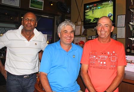 Arlen Wardene, Per Aschan & Phil Smedley après-golf.