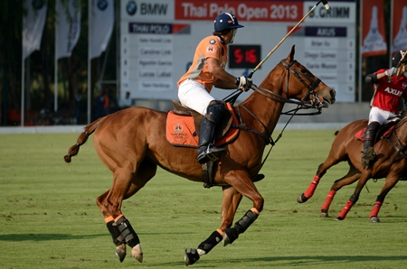 The clock ticks down on the scoreboard as Thai Polo hold a narrow lead in the final chukka.