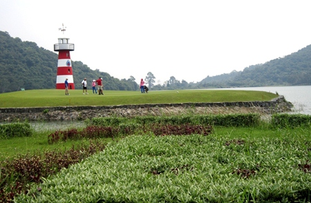 Lighthouse - Signature hole at Plutaluang.