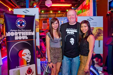 Earl Brown, co-founder of the Pattaya Soul Club, welcomes two new faces to the March Soul Night.
