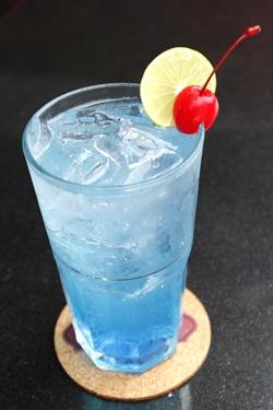 Refreshing Songkran cocktail at Havana Bar & Terrazzo, Holiday Inn, Pattaya.