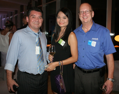 Mark Bateman (PRTR Recruitment and Outsourcing (Eastern Seaboard), Jiraporn Charoenpan (Holiday Inn Pattaya) and Kevin Watkins (Piper Plastics (Thailand) Ltd).