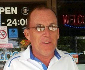 Paul Smelts.