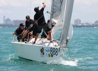 Black Betty and crew on their way to winning the Coronation Cup at the 2013 Top of the Gulf Regatta.