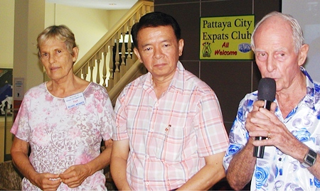 PCEC was fortunate to have the new Nai Amphur (District Chief) of Banglamung, Sakchai Tonghoh, come to meet the club, and to present teachers cards to PCEC's many volunteer teachers. Past Chair Richard Smith introduces Sakchai, while current Chair Pat Koester looks on.