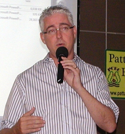 General Manager of the Amari, Australian Brendan Daly announces the renewal of the agreement between PCEC and the Amari for meetings held in the Tavern by the Sea each Sunday morning.