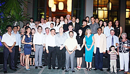 An attendance of 50 including Skållegues, guests and tourism professionals line up for the group photo before dinner at June 20th Skal Pattaya & East Thailand monthly meeting at Cape Dara Resort.
