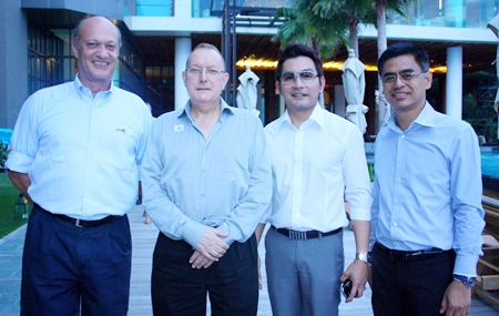 (L to R) Philippe Delaloye, David Holden, Prayuth Thamdhum, GM of Montien Hotel Pattaya and Sittidej Rochanavibhata, GM of Cape Dara Resort.