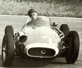 Juan Manuel Fangio with a tad of oversteer!