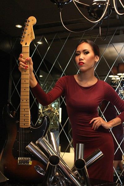 Glady Laksmi - Hard Rock Bali.