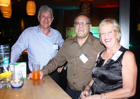 (L to R) Leigh Scott-Kemmis, Chairman of DBM (Thailand) Co., Ltd., Michael Grisaffi, Key Account Manager of United Relocations (Thailand) Co., Ltd. and Kathy Barnett, Welfare of Australian-New Zealand Women's Group.