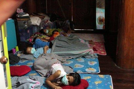 Many children are sick.