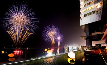 Enjoy a great vantage point for the Pattaya International Fireworks Festival at Hilton Pattaya.
