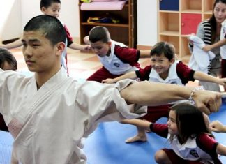 Master Shi Yan Yang teaches at The Regent's once a week.