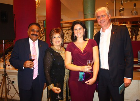 (L to R) Judges Peter Malhotra, Managing Director of the Pattaya Mail Media Group and Kathy Heinecke, President of spousal incentive program at Minor International meet up with Sarah and hubby Brendan Daly, GM of the Amari Orchid Pattaya at the beginning of the event.
