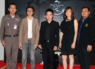 "(L to R) Pol. Col Anaek Srathongyu, Wasan Sriburanasorn, Rattanachai Suthidechanai, Bundarik Kusolvitya and Glit Jeeramongkol are spearheading ""Pattaya's New Look""."